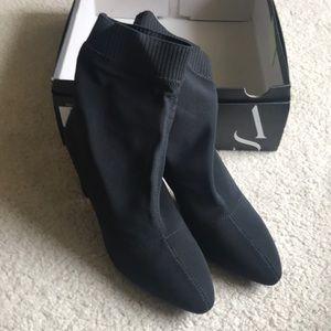 New Simply Vera Vera Wang Boots